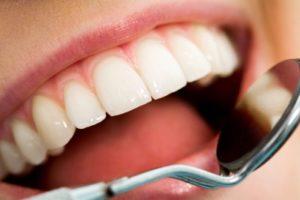 Терапия зубов в стоматологической клинике Medivel